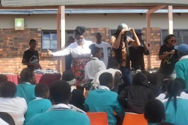 Don Dada at a School in Tshwane 2016 4 376x250